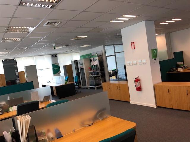 Arriendo de oficina 560 m2 | Ciudad Empresarial | Santiago