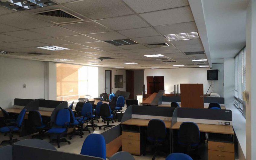Arriendo oficina 170 m2 | Ciudad Empresarial | Santiago